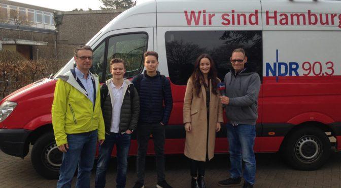 """CvO mit Aktion """"Keine Tempo 30-Zone für den Müssenredder"""" bei NDR 90,3"""